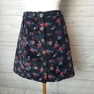 🌸Hollister Velvet Floral Skirt
